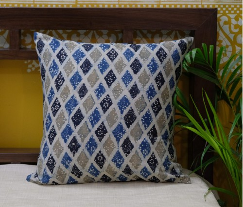"AJRAKH MUTLI COLOR COTTON CUSHION COVER (16""X16"")"