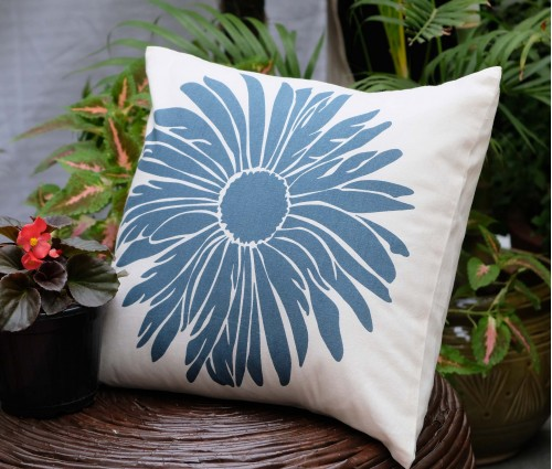 "Dahlia Cotton Cushion Cover (16""x16"")"