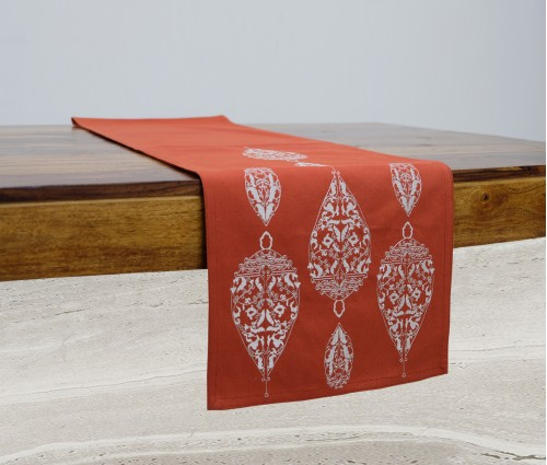 ORANGE DEW DROP EMB TABLE RUNNER
