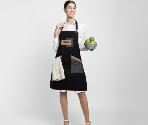 Black Multipurpose Cotton Apron with beige linen napkin