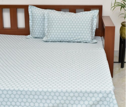 MINT GREEN PRINTED COTTON KING BEDSHEET WITH 2 PILLOW COVERS