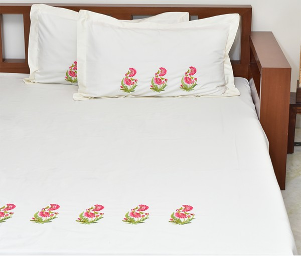 Cream Zehrat Embroidered King Size Cotton Bedcover With 2 Pillow Covers
