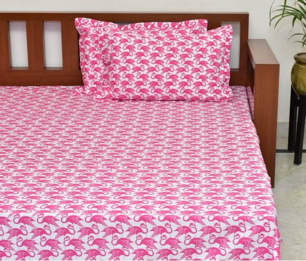 Flamingo Printed Cotton King Bedsheet With 2 Pillow Covers