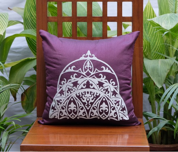 "DEEP MAUVE WITH GREY CROWN EMBROIDERED CUSHION COVER (16""X16"")"