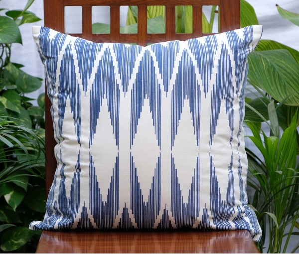 "CHEVRON COTTON CUSHION COVER (20""X20"")"