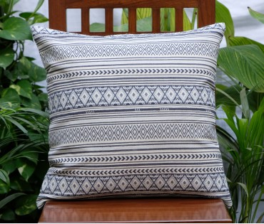 "GEOMETRIC CREAM & BLUE JACQUARD CUSHION COVER (20""X20"")"