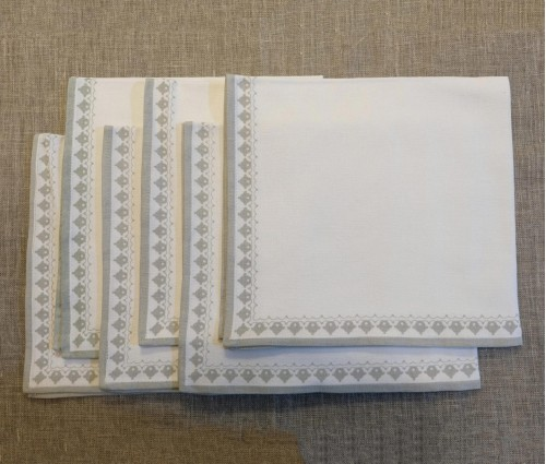 White & Light Grey Printed Cotton Table Napkin (set Of 6)