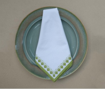 Cream with Green Emperor Printed Cotton Table Napkin (Set of 4)