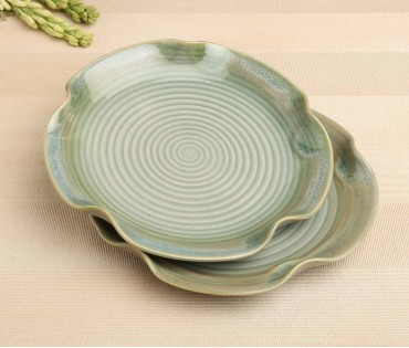 Set of 2 Green Twisted Ceramic Dinner Plate or Platter Plate (Dia- 10in)